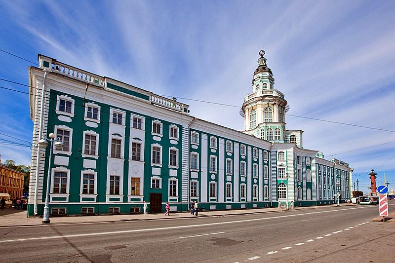 kunstkammer-on-vasilevskiy-island-in-st-petersburg.jpg